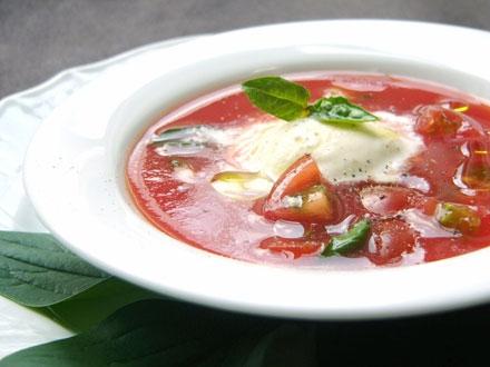 トマトとアイスクリームのスープ